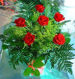 6 adet kirmizi gül buketi   Aydın online çiçek gönderme sipariş