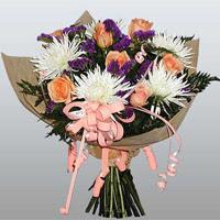 güller ve kir çiçekleri demeti   Aydın çiçekçiler