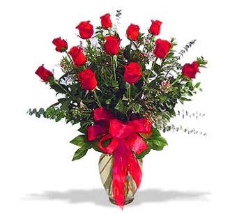 çiçek siparisi 11 adet kirmizi gül cam vazo  Aydın online çiçek gönderme sipariş