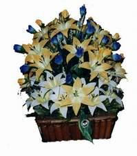yapay karisik çiçek sepeti   Aydın çiçek gönderme