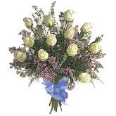 bir düzine beyaz gül buketi   Aydın çiçek gönderme sitemiz güvenlidir