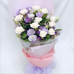 Aydın internetten çiçek satışı  BEYAZ GÜLLER VE KIR ÇIÇEKLERIS BUKETI