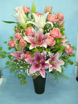 Aydın internetten çiçek satışı  cam vazo içerisinde 21 gül 1 kazablanka