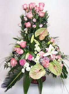 Aydın ucuz çiçek gönder  özel üstü süper aranjman