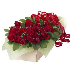 19 adet kirmizi gül buketi  Aydın güvenli kaliteli hızlı çiçek