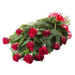 11 adet kirmizi gül buketi  Aydın yurtiçi ve yurtdışı çiçek siparişi