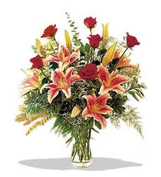 Aydın çiçek servisi , çiçekçi adresleri  Pembe Lilyum ve Gül