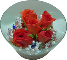Aydın 14 şubat sevgililer günü çiçek  5 adet gül ve cam tanzimde çiçekler
