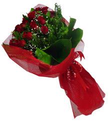 Aydın çiçek gönderme sitemiz güvenlidir  10 adet kirmizi gül demeti