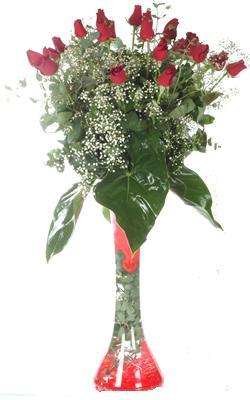 Aydın uluslararası çiçek gönderme  19 ADET GÜL VE FIL CAM AYAGI