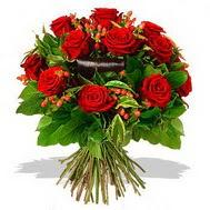 9 adet kirmizi gül ve kir çiçekleri  Aydın internetten çiçek satışı