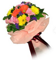 Aydın çiçekçi mağazası  Karisik mevsim çiçeklerinden demet