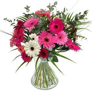 15 adet gerbera ve vazo çiçek tanzimi  Aydın online çiçek gönderme sipariş