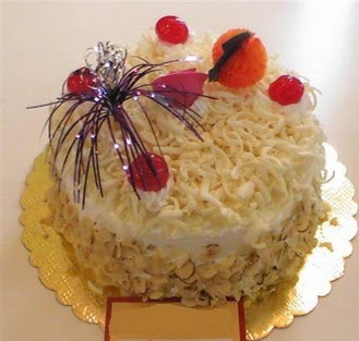 pasta siparisi 4 ile 6 kisilik yaspasta mis lezzette  Aydın çiçekçi telefonları