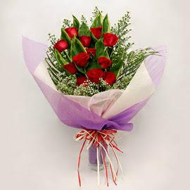 çiçekçi dükkanindan 11 adet gül buket  Aydın çiçekçi mağazası