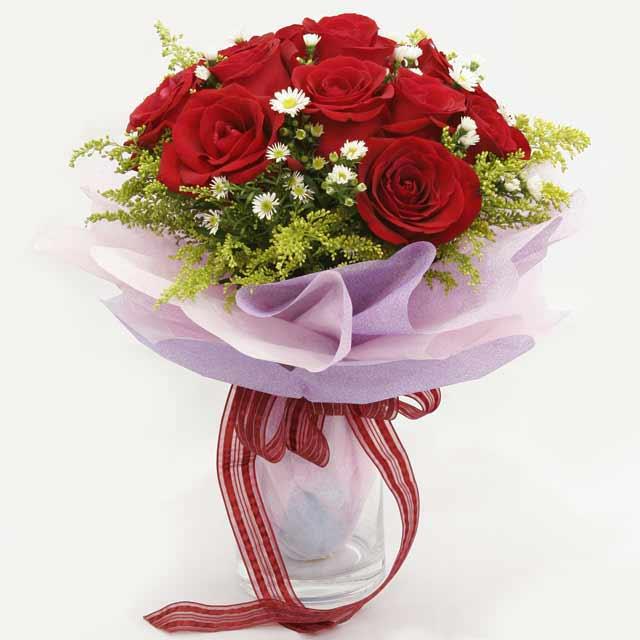 Çiçek gönderme estetikliginiz 11 gül buket  Aydın çiçekçi mağazası