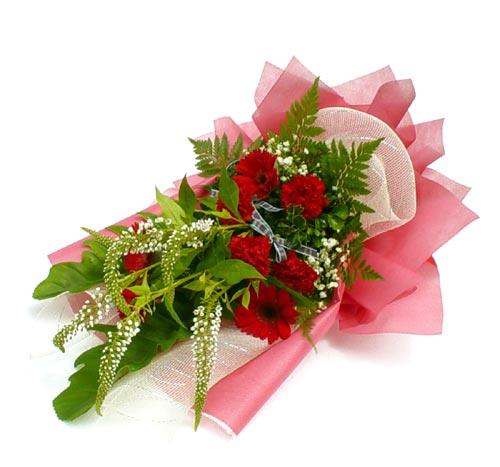 Karisik çiçek buketi mevsim buket  Aydın çiçek siparişi sitesi