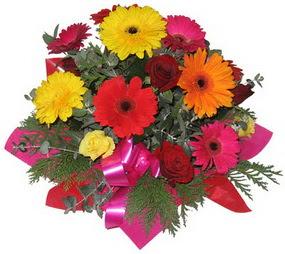 Karisik mevsim çiçeklerinden buket  Aydın hediye sevgilime hediye çiçek