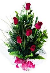 Aydın güvenli kaliteli hızlı çiçek  5 adet kirmizi gül buketi hediye ürünü