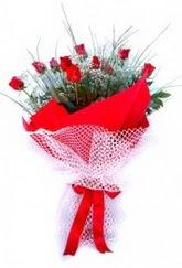 Aydın İnternetten çiçek siparişi  9 adet kirmizi gül buketi demeti