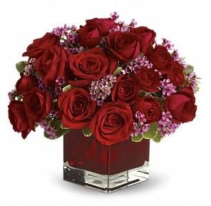 11 adet kırmızı gül vazosu  Aydın çiçekçiler