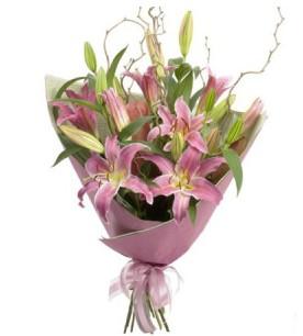 Aydın İnternetten çiçek siparişi  3 dal cazablanca buket çiçeği