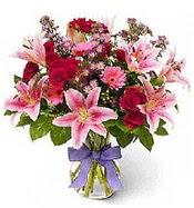 Vazo içerisinde karışık mevsim çiçeği  Aydın çiçek siparişi sitesi