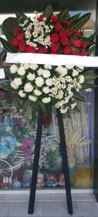 Cenaze çiçeği cenaze çiçek modelleri  Aydın çiçek siparişi sitesi