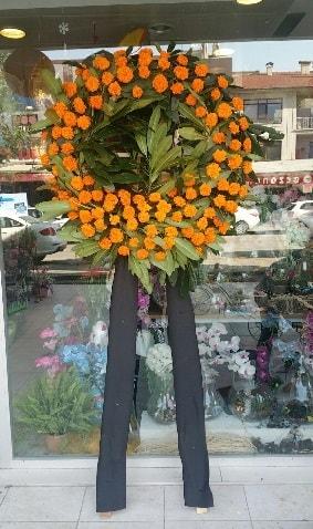 Cenaze çiçeği cenaze çelengi çiçek modeli  Aydın çiçek gönderme