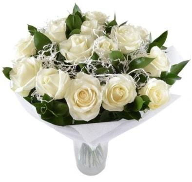 15 beyaz gül buketi sade aşk  Aydın çiçek satışı