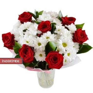 7 kırmızı gül ve 1 demet krizantem  Aydın çiçek gönderme sitemiz güvenlidir